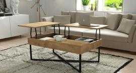 A może by tak poranna kawa przy drewnianym stoliku?