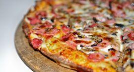 Tańsza pizza z serduszkiem