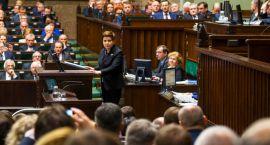 Czego można się spodziewać po nowym rządzie, czyli premier Szydło wygłasza swoje expose
