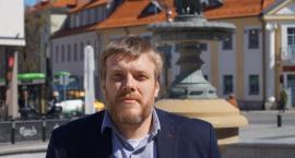 Dla lewicy Białystok raz przyjazny, raz niebezpieczny. Jaki wizerunek kreuje Zandberg?