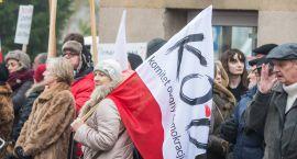 Obrońcy demokracji znów wyjdą protestować
