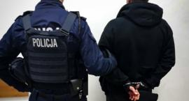 Policjanci zatrzymali dwóch mężczyzn. Posiadali środki psychoaktywne