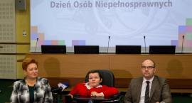 To pierwsza taka konferencja odnosząca się do poszanowania osób niepełnosprawnych