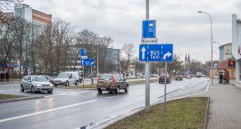 Każdy może śmigać buspasem? Kolejne kłopoty ze znakami drogowymi