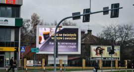 Reklamy świetlne mylą kierowców