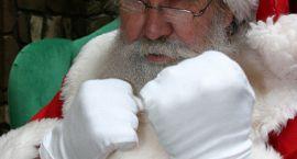 Św. Mikołaj podpali miejską choinkę
