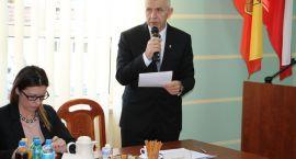 Powiat białostocki: Wojna o szpital, siedzibę i dymisję
