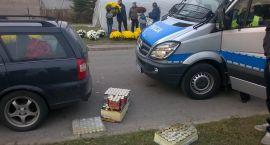 Policja legitymowała narodowców na cmentarzu
