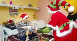 Św. Mikołaj odwiedzi pacjentów Kliniki Onkologii i Hematologii UDSK