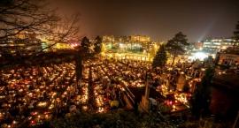 W Meksyku kolorowe festiwale uliczne, w Japonii – rytualne tańce, czyli jak czcimy zmarłych
