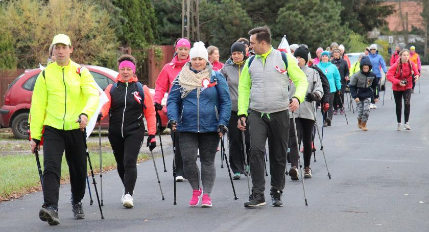 bieganie, MARSZ NIEPODLEGŁOŚCI NORDIC WALKING BABICE –BORZĘCIN - zdjęcie, fotografia