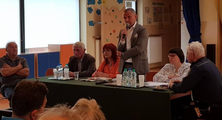 wojt-rada-urzad-wybory-zebrania, ZEBRANIU MIESZKAŃCÓW - zdjęcie, fotografia