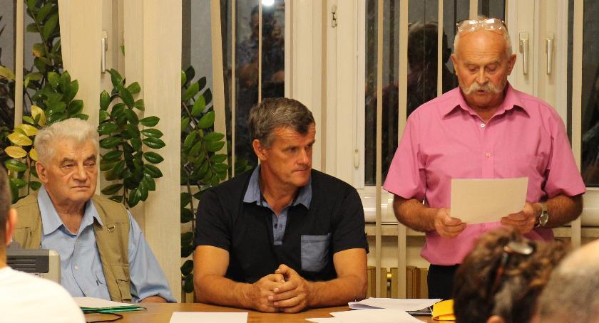 wojt-rada-urzad-wybory-zebrania, LATCHORZEW KWIRYNÓW - zdjęcie, fotografia
