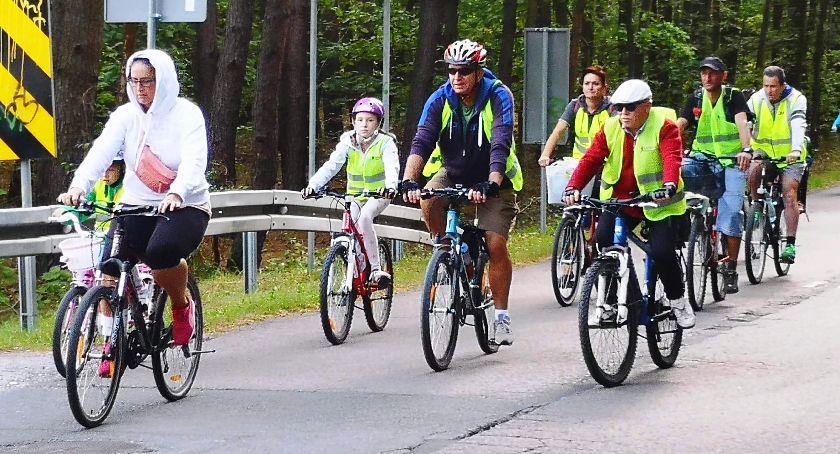 kolarstwo-szosowe-terenowe-mtb, ROWEROWY ZAKOŃCZENIE - zdjęcie, fotografia
