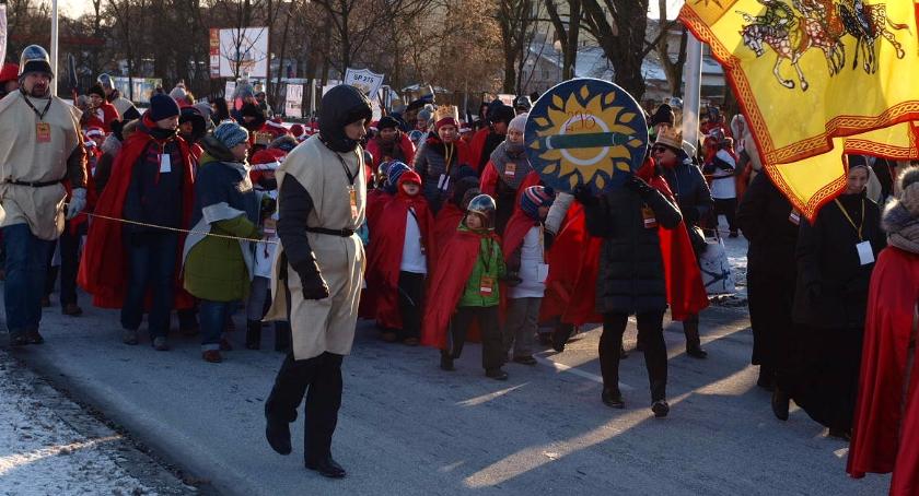 imprezy plenerowe, Orszak Trzech Króli przeszedł ulicami Targówka - zdjęcie, fotografia