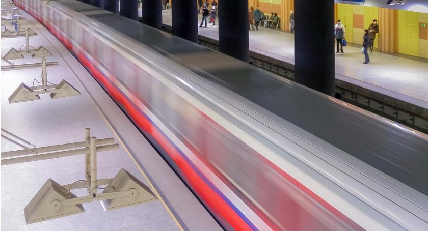 komunikacja, Pierwszy tunel metra Targówku gotowy - zdjęcie, fotografia