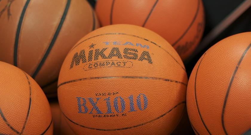 inne dyscypliny, Bezpłatne treningi koszykówkidla dziewcząt - zdjęcie, fotografia