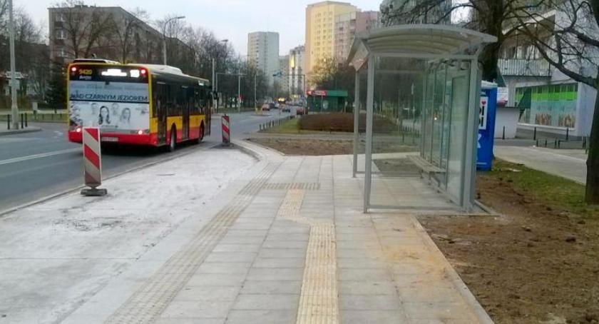 komunikacja, przystanki autobusowe Targówku - zdjęcie, fotografia