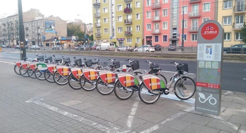 bezpieczeństwo, Skopali stację Verturilo żeby pojeździć rowerach - zdjęcie, fotografia