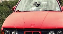 Zniszczył 7 samochodów na osiedlu. Grozi mu 5 lat więzienia