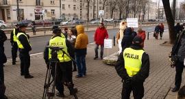 Protest w sprawie mostu na Placu Wilsona