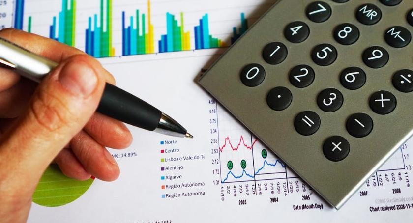 Komunikaty, Konto bankowe Wielkiej Brytanii wymagane podjęcia pracy - zdjęcie, fotografia