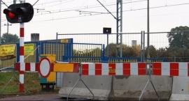 Kobyłka Ossów  -  przejazd kolejowy zamknięty