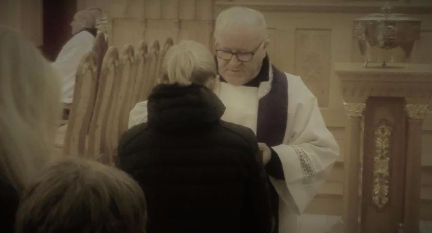 Religia, kościele katolickim Środa Popielcowa - zdjęcie, fotografia