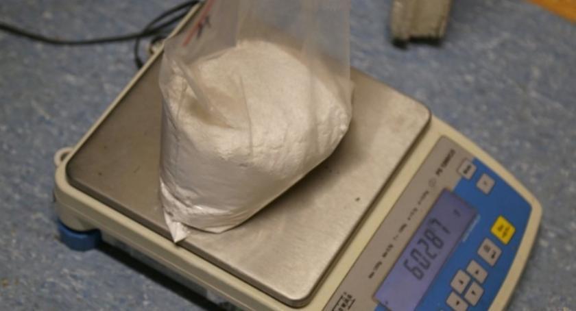 Bezpieczeństwo, Wpadł narkotykami Rembertowie wiedział dopalacz amfetamina - zdjęcie, fotografia