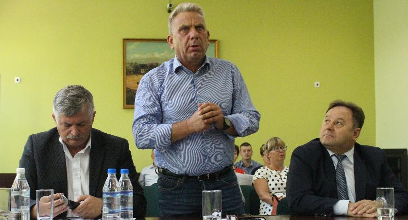 Polityka, Radni przeciwko rozwojowi - zdjęcie, fotografia