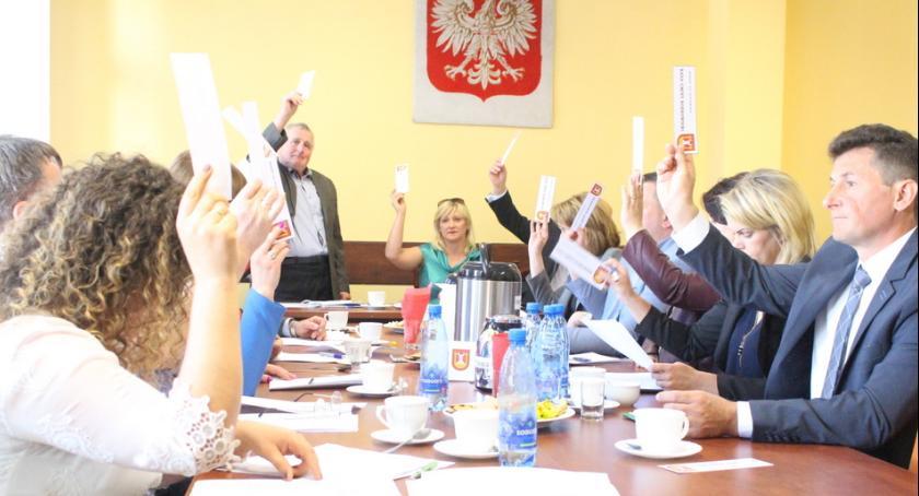 Inwestycje, Jeszcze więcej inwestycji gminie Bobrowniki - zdjęcie, fotografia