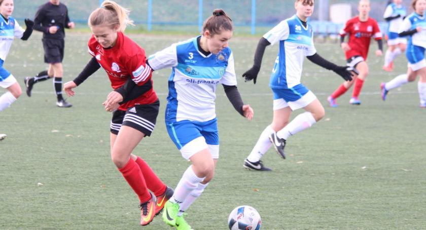 Piłka nożna, Lepsze sparingu - zdjęcie, fotografia