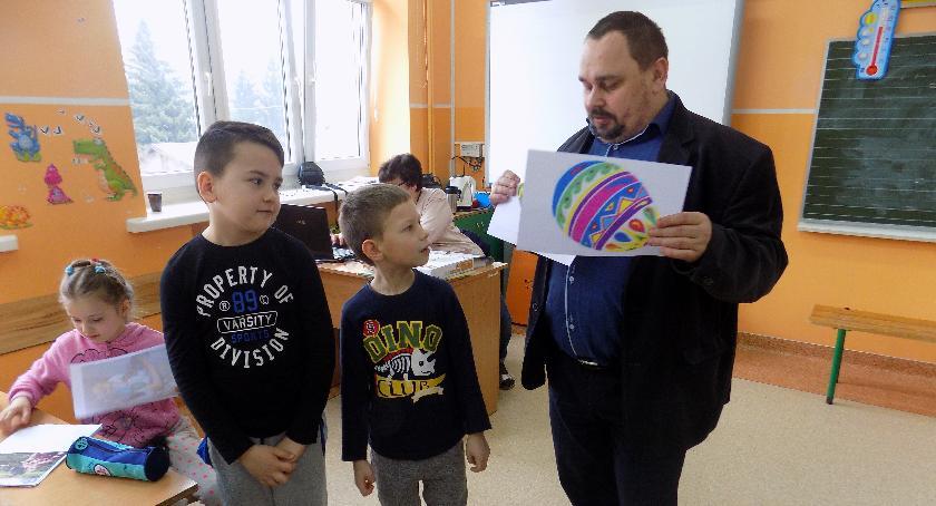 Edukacja, Wielkanoc książkach - zdjęcie, fotografia