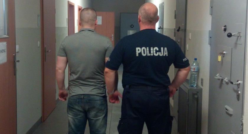Kronika kryminalna, Zatrzymali letniego dilera Lipna - zdjęcie, fotografia