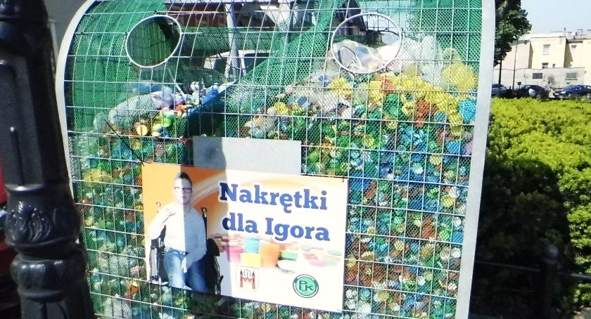 Akcja charytatywna, Nakrętki Igora - zdjęcie, fotografia