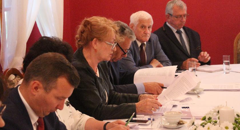 Samorząd Powiatowy, Radni zadowoleni budżetu - zdjęcie, fotografia