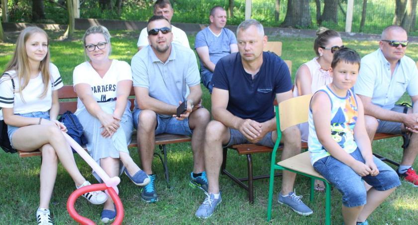 Oświata, Rodzinnie szkole - zdjęcie, fotografia