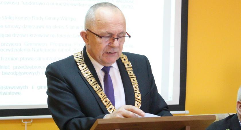 Samorządy Gminne, Radni murem wójtem - zdjęcie, fotografia