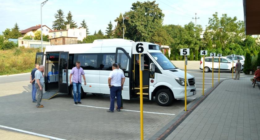 Inwestycje, autobus - zdjęcie, fotografia