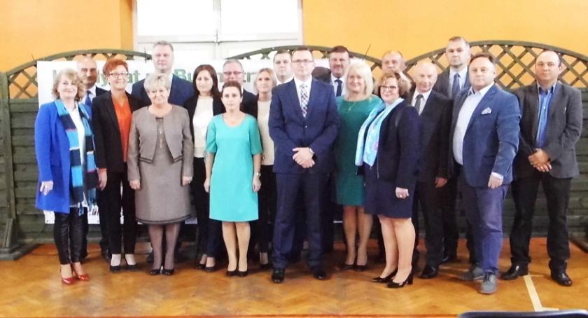 Urzędy, Kandydat burmistrza Skępego Arkadiusz Linowski spotkał mieszkańcami - zdjęcie, fotografia