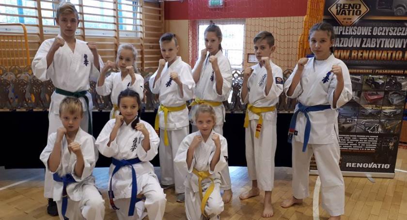 Sztuki walki, Kolejne sukcesy karateków - zdjęcie, fotografia