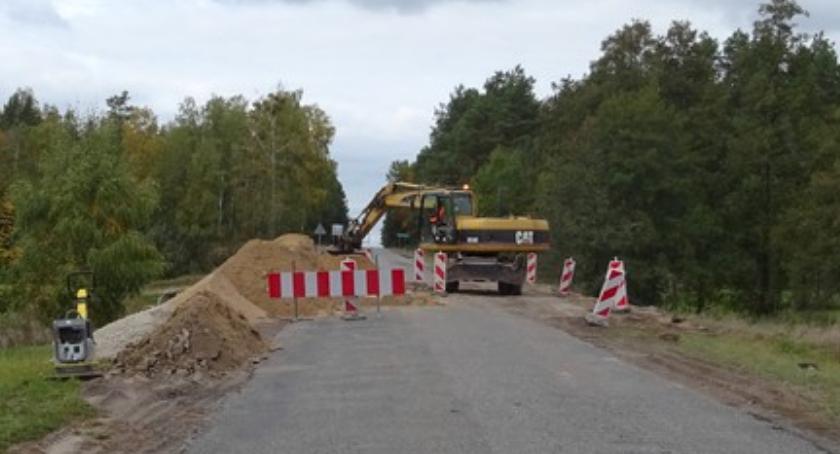 Inwestycje, Ruszył remont - zdjęcie, fotografia