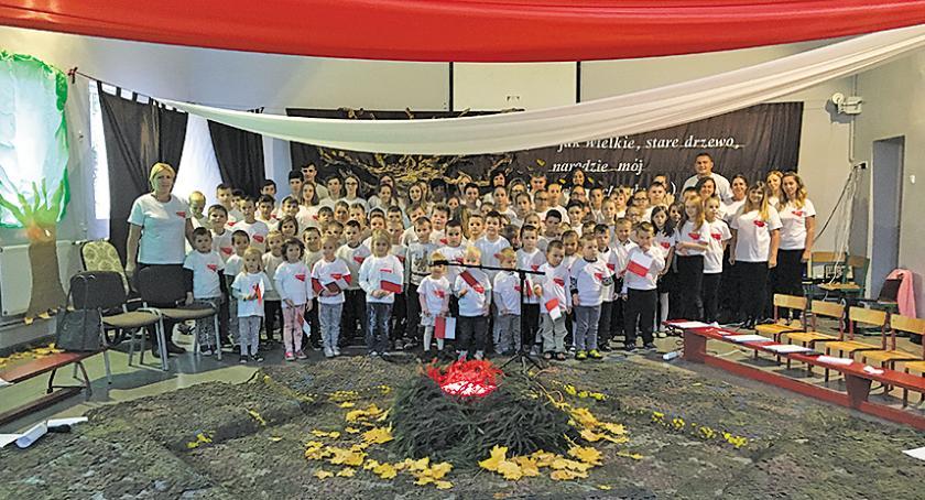 Edukacja, Patriotycznie Zajeziorze - zdjęcie, fotografia