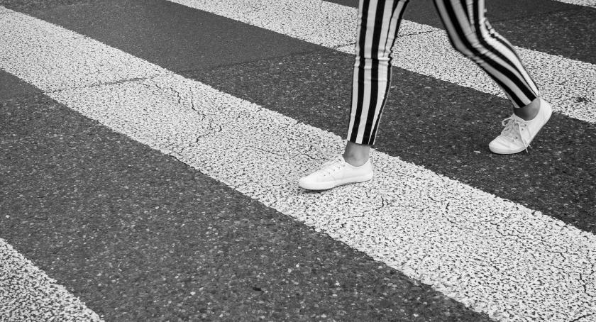 Komunikaty i profilaktyka, Niebezpieczne przejścia pieszych Lipnie - zdjęcie, fotografia