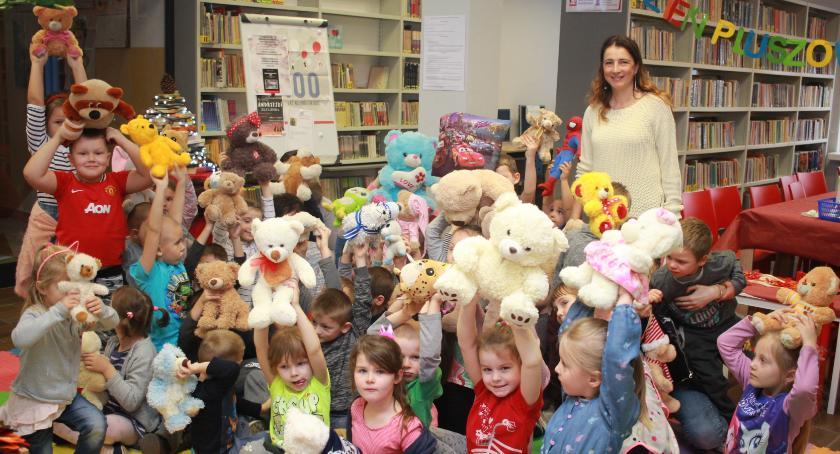 Biblioteki, Bibliotekarze dzieciom - zdjęcie, fotografia