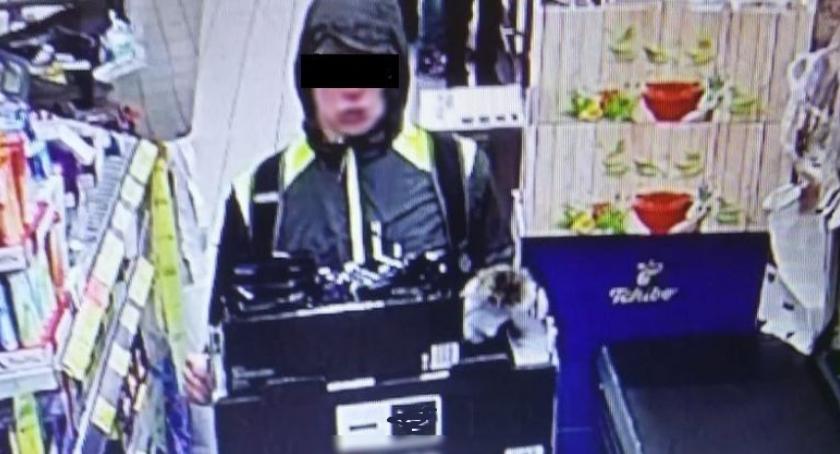 Kronika kryminalna, Recydywista okradł sklep - zdjęcie, fotografia