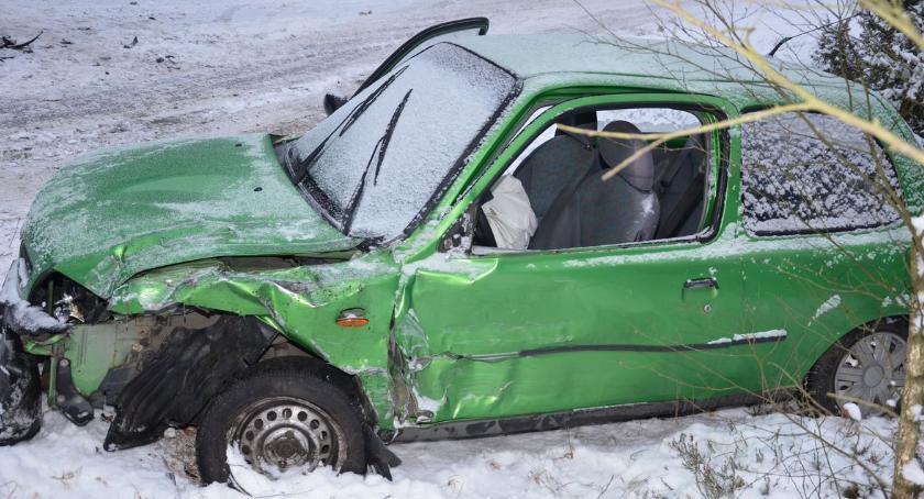Wypadki, Groźny wypadek Gnojnie - zdjęcie, fotografia