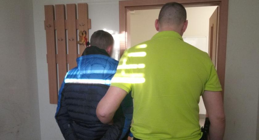 Kronika kryminalna, Szajka złodziei usłyszała zarzuty - zdjęcie, fotografia