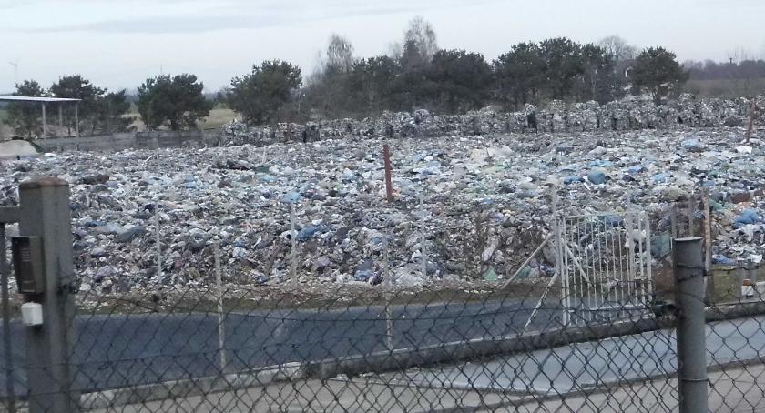 Samorządy Gminne, Śmieci zasypią - zdjęcie, fotografia