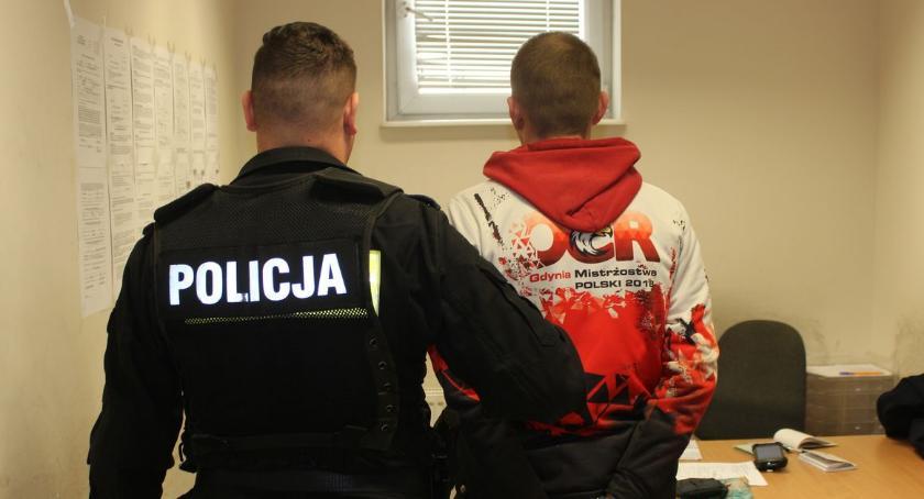 Kronika kryminalna, Próbował oszukać policjantów - zdjęcie, fotografia